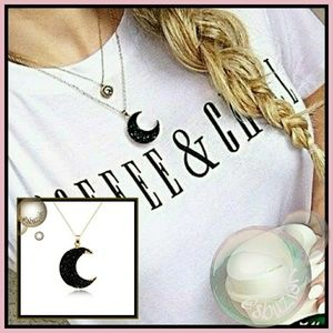 Jewelry - Black Druzy Crescent 🌙 Moon Pendant Necklace